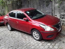 Nisan Versa automático completo vermelho perolizado 2020 R$60.500,00
