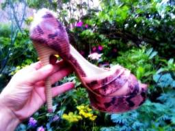 Sandália Peep Toe Dhara Feminino Estampa Exclusiva Pele