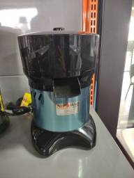 Título do anúncio: Extrator de suco 300W Bivolt