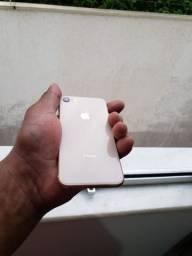 iPhone 8 sem marcas de uso estudo troco por outro celular