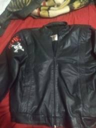 Título do anúncio: Jaqueta de couro Marruá com poucas marcas de uso 100,00 não entrego