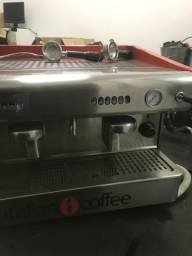 Título do anúncio: maquina de cafe Imola 2 grupos EAE Italian Coffee com moinho
