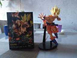 Vendo 3 Action Figure Dragon.
