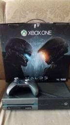 Xbox One edição limitada Halo 5