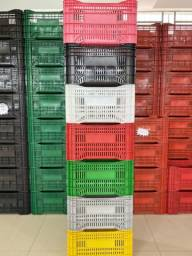 Caixas plásticas modelo Agricola - medidas : 56x36x31t (47 litros) 2kg. Novas