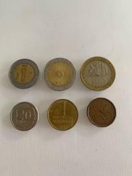 Moedas pesos, cents e Groszy