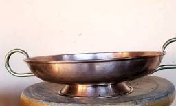 Fruteira antiga de mesa em cobre.