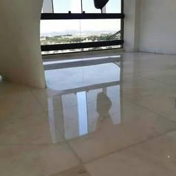 Limpeza e Restauração de pisos em geral