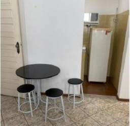 Alugamos um apartamento mobiliado de 1 quarto no Edifício Santos Dumont
