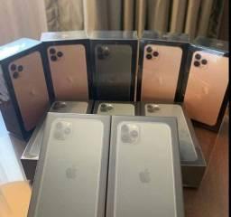 Vendo iPhone 11 pro Max novo com nota fiscal