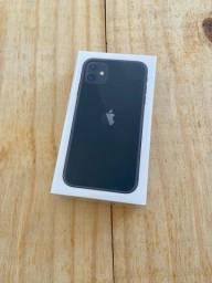 Título do anúncio: iPhone 11 64 GB Preto (LACRADO)