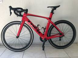 Bicicleta Speed Madone 9.2 SHIMANO ULTEGRA-54  TREK