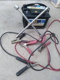 Chave de roda , cabo de chuva cabra e bateria sem nova