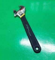 Título do anúncio: Chave inglesa 12 polegadas 40 mm em aço e emborrachado wollfgang