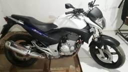 Vendo ou troco moto cb 300 em dias - 2012