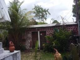 Vendo casa com terreno ( terreiro )