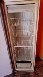 Vendo freezer consul