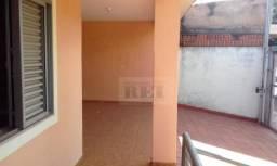 Título do anúncio: Sobrado com 4 dormitórios à venda, 240 m² por R$ 700.000,00 - Jardim Brasília - Rio Verde/