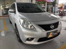 Nissan Versa 1.6 sl 16v - 2013