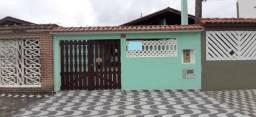 Casa a 50 mts da praia em Mongaguá,aproveite
