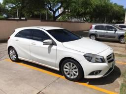 Mercedes A 200 - Assumir financiamento - 24.000 KM - 2015