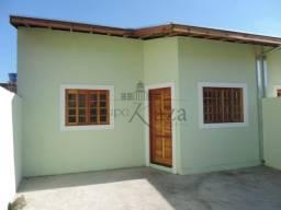 Casa - Loteamento Santa Edwiges - 2 dorm (suite)