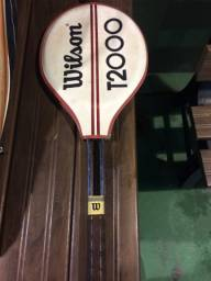 Vendo raquete de tênis relíquia