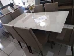 Conj Mesa com vidro e 6 cadeiras de madeira de eucalipto