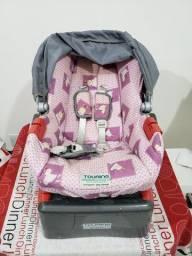 Cadeirinha para bebê e base para veículo
