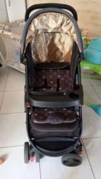 Vendo carrinho de bebê em otimo estado