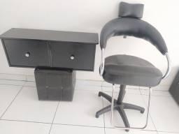 Cadeiras e bancadas