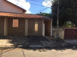 Vende-se Casa residencial 2 Quartos Setor Santa Genoveva