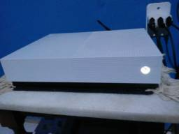 Título do anúncio: Xbox one s all digital + 1 controle