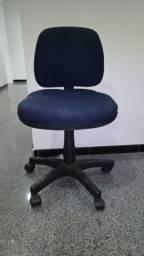 Cadeira giratória Cadeira para escritório Cadeira Usada