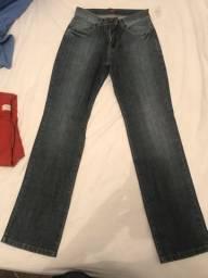 3x Calças jeans