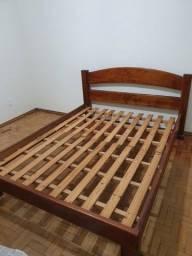 Título do anúncio: cama casal madeira maciça com colchão grátis