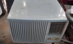 Ar condicionado de janela 18 000bts