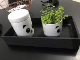 Cachepol quarto de bebê tema panda