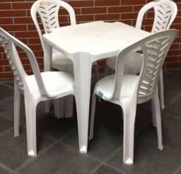 Título do anúncio: aluguel de mesas e cadeiras de plástico