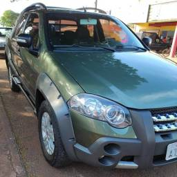 Vendo Fiat Strada Adventure Cabine Dupla 1.8, cambio manual, 2012 com 147 mil Km.
