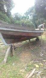 Vendo esse barco de 8 metros novo fone *