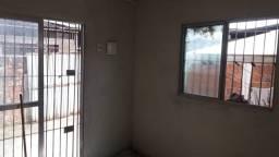 Casa para alugar em Aguazinha R$ 500