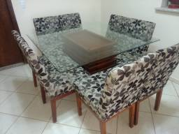 Conjunto de mesa 8 cadeiras