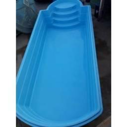 Reparo em piscina de fibra