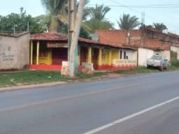 Casa na estrada de Ribamar