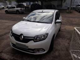 Renault Logan Vende-se veículo - Renault Logan Dynamique 1.6 - 2014