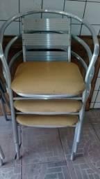 Cadeiras de alumínio acolchoada
