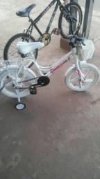 Bicicleta seminova infantil