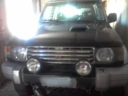 Pajero turbo 4x4 diesel - 1995