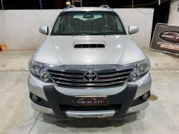Toyota Hilux SW4 7 lugares 13/13 - 2013